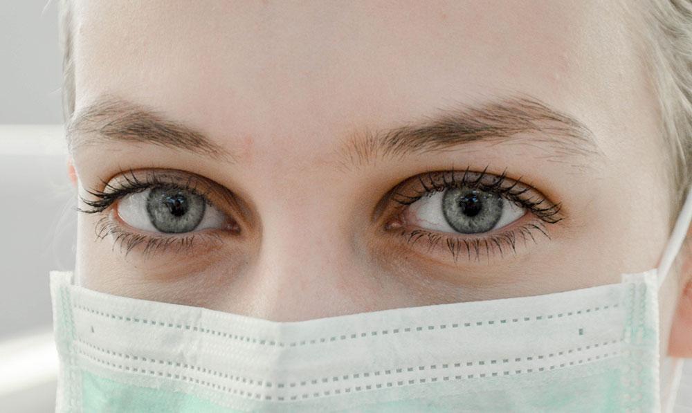 frontline worker nurse australia